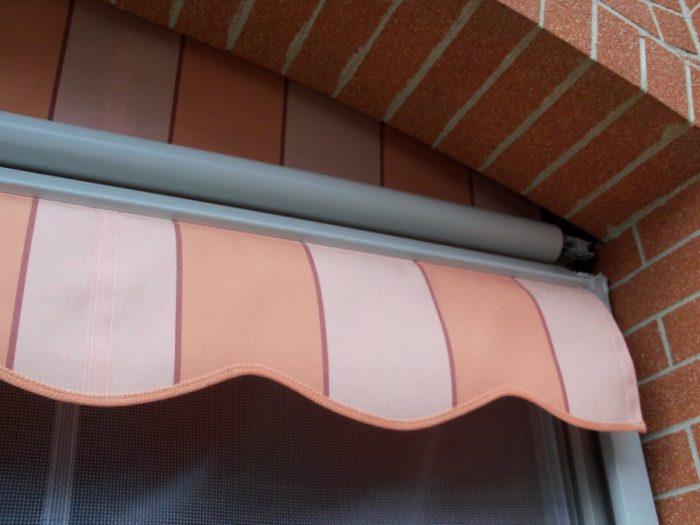 Tenda veranda con frangivento 02