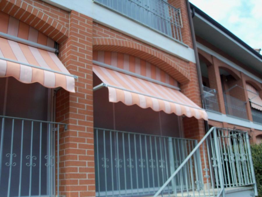 Tenda veranda con frangivento 03