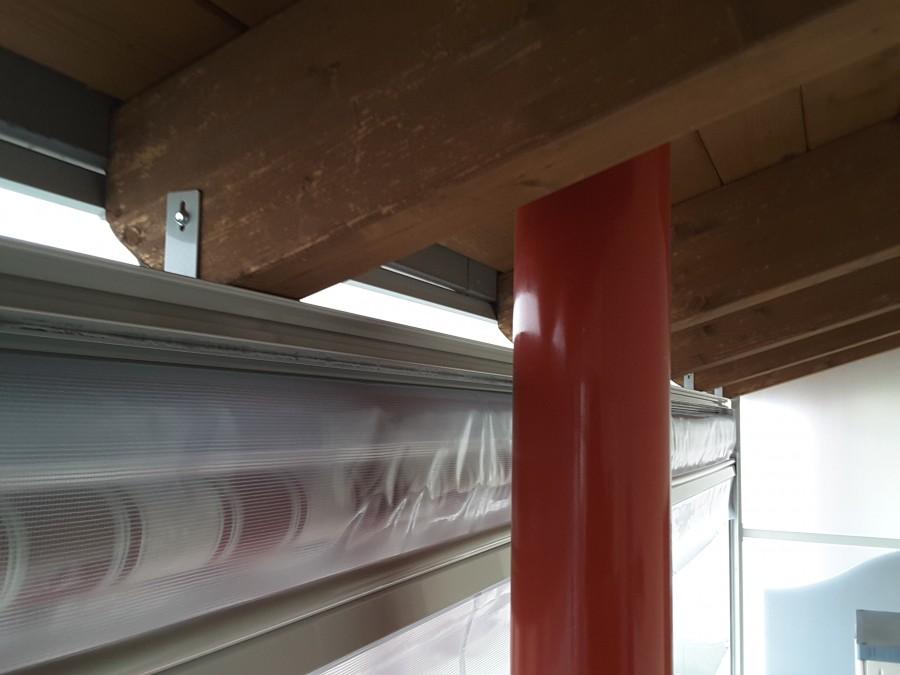 Tenda veranda e travi di legno 03