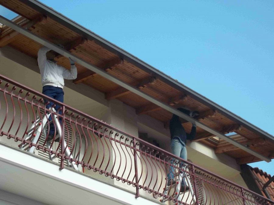 Tenda veranda e travi di legno 10