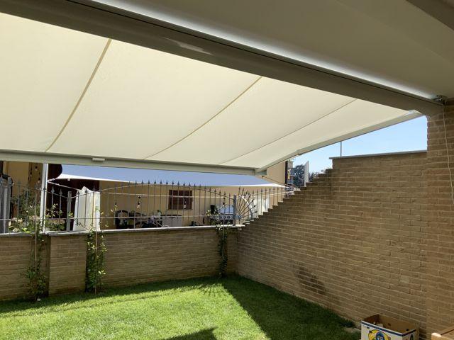 Tenda da sole Parà Tempotest installata a Torino