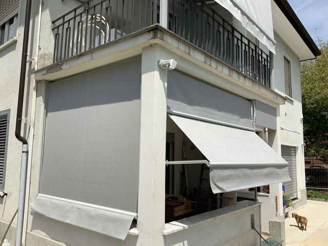 tende da sole installate a Cambiano