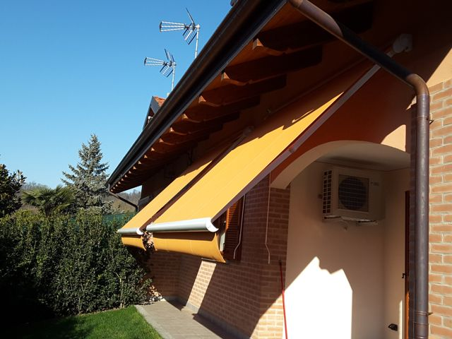 Tende da sole installate a Torino