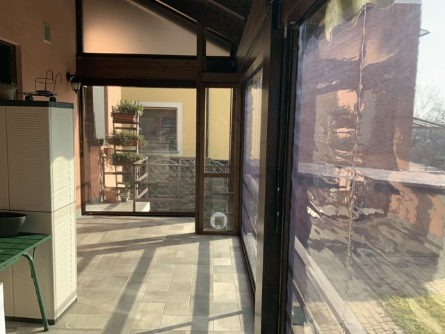 Tende zip con telo cristal trasparente installate a Torino